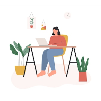 在宅勤務の女性。ノートパソコンで自分の机に座っているとオンライン会議を持つ女性。自宅からリラックスしたペースで居心地の良い職場で働くフリーランサーのキャラクター。フラットイラスト