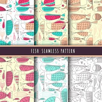 魚と海洋生物のパターンのシームレスなライン手描きのパック。