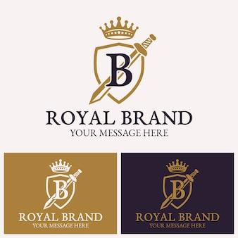 盾と剣の王冠のベクトルのロゴのテンプレート