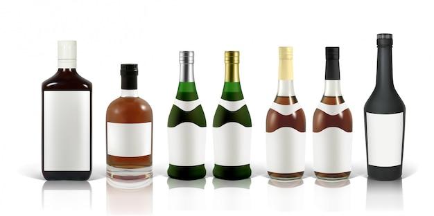 Набор фотореалистичных бутылок виски, коньяка и скотча на белом с тенью и отражением. мокап для рекламы красного, виски, коньяка, скотча, бренди, рома и т. д.