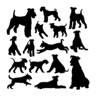 エアデールテリア犬のシルエット。