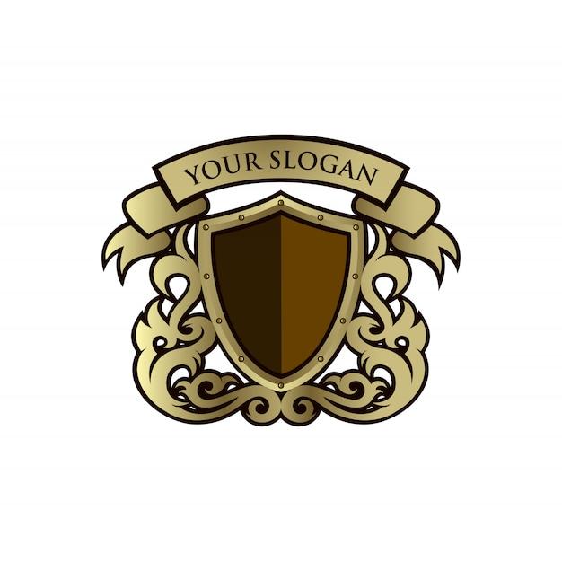 Золотой щит с орнаментом дизайн шаблона