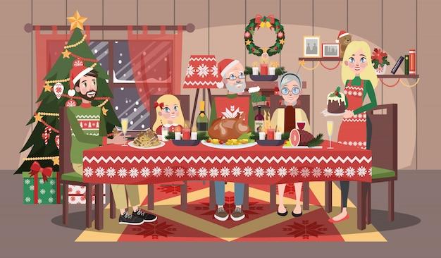 クリスマスのテーブルに座っている居心地の良いセーターで幸せな家族。母と父、子供と祖父母はクリスマスディナーを持っています。図