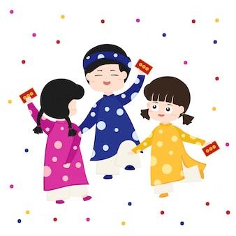 Счастливые дети получают лунный новый год счастливые деньги