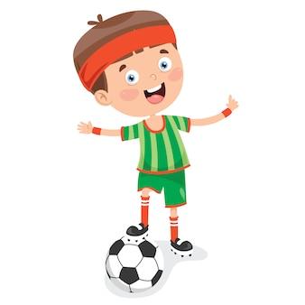 Маленький ребенок играет в футбол на открытом воздухе