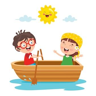 Симпатичные маленькие дети на лодке