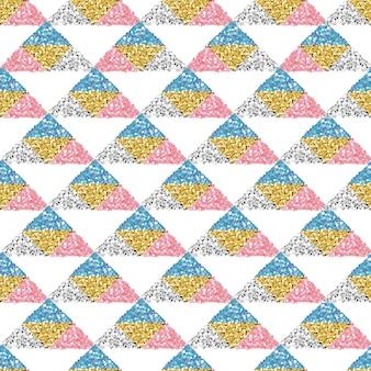 シームレスなカラフルな光沢三角形のパターンの背景