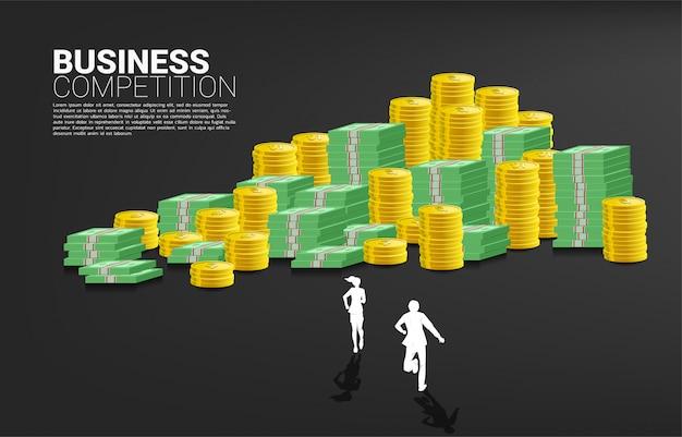 ビジネスマンやビジネスウーマンのスタックを実行しているのシルエット。成功事業とキャリアパスの概念。