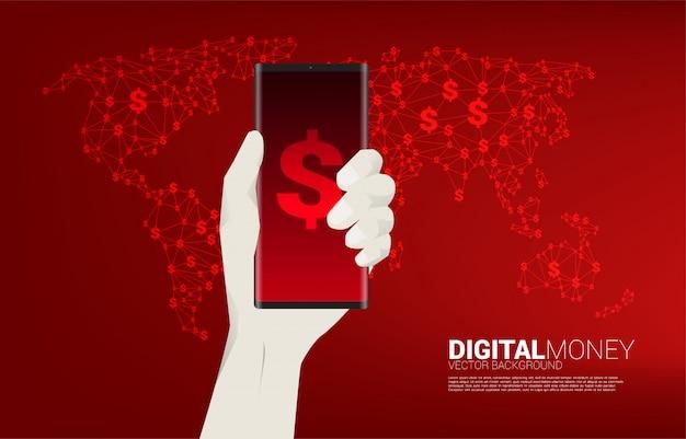 Деньги сша доллар значок валюты на мобильном телефоне в руке с картой мира. концепция цифрового доллара финансового и банковского дела.