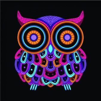 暗い装飾的なフクロウの輝き