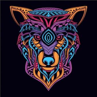 暗い装飾的なオオカミの頭の中で輝く