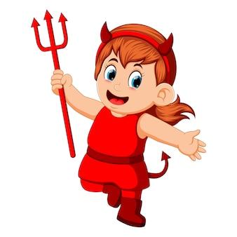 ハロウィーンの赤い悪魔の衣装の子供たち