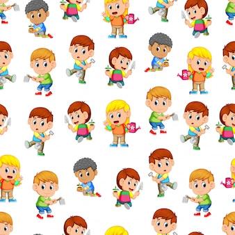 ガーデンツールを保持している幸せな子供たちとのパターン