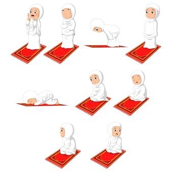 イスラム教徒の少女ショラット祈りの動き