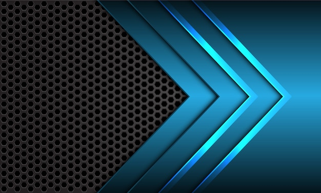 青い金属矢印方向暗い灰色の六角形メッシュの未来的な背景。