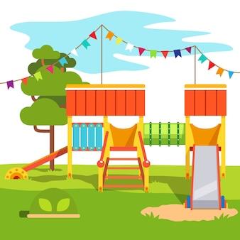 幼稚園の屋外公園の遊び場のスライド