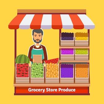 Производитель магазина. торговля фруктами и овощами