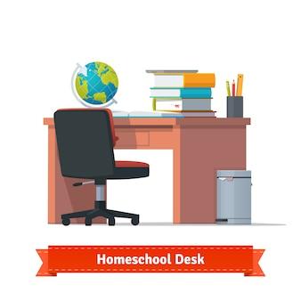 デスクが付いている快適なホームスクールの職場