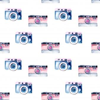 水彩レトロカメラ付きのシームレスなパターン