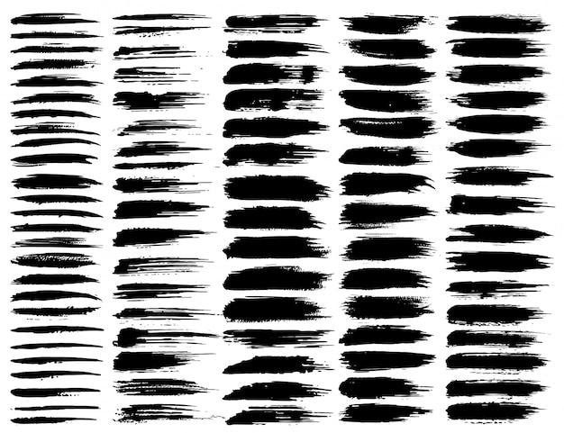 ブラシストローク、黒インクグランジブラシストロークのセット。ベクトルイラスト