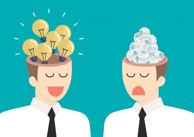 ビジネスマンの頭の中の明るいアイデアとがらくたアイデア