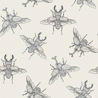 Вектор бесшовный образец рукой оттянутые жуки сделаны в ретро стиле. красивый рисунок тушью - вектор