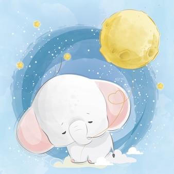 Слоненок тянет воздушный шар луны