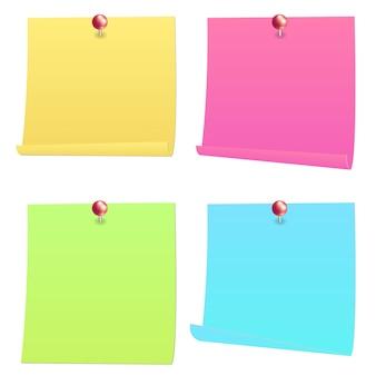 赤いピンでノート紙を投稿する
