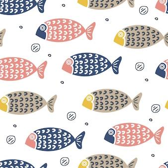 子供や赤ちゃんのファッションのためのかわいい魚手描きのスカンジナビアスタイル