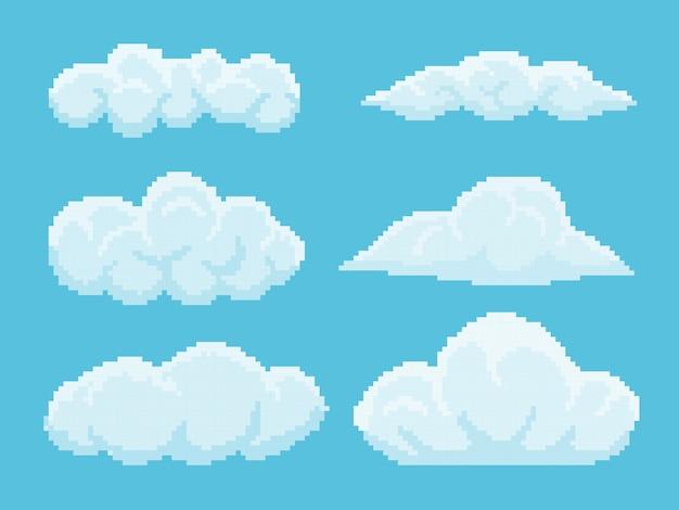 Набор пиксельных облаков