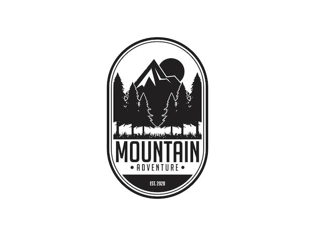 Шаблон дизайна логотипа горы винтаж