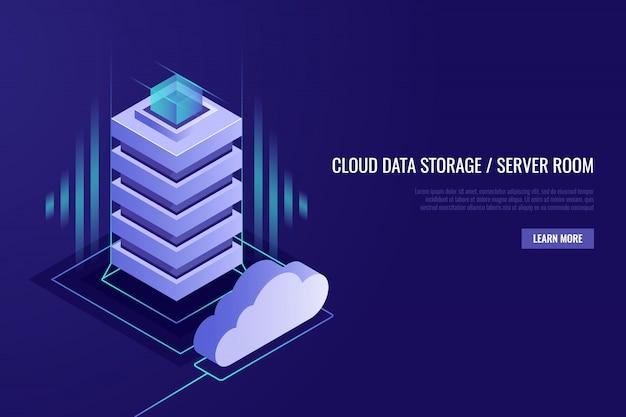 クラウドデータストレージとサーバールームを持つホスティングコンセプト。クラウドを持つサーバーラック。