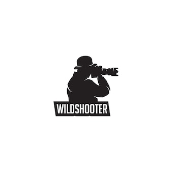 野生の写真家のシルエットのロゴ
