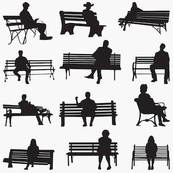 公園のベンチのシルエット