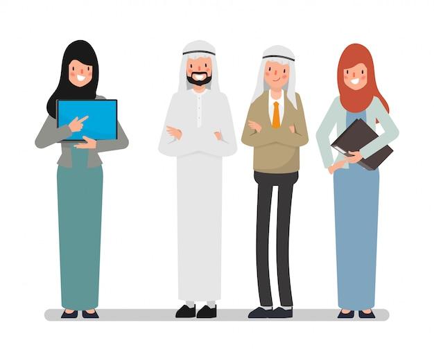 チームワークでアラブのイスラム教徒のビジネス人々。ビジネスマンの接続が成功するために働いています。