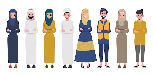 Набор арабской семьи и мусульманских людей и саудовских арабских мультфильмов мужчина и женщина.