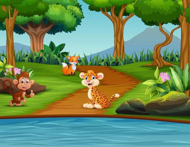 別の動物との森の風景