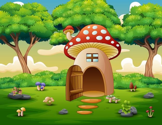 森の背景でキノコの家