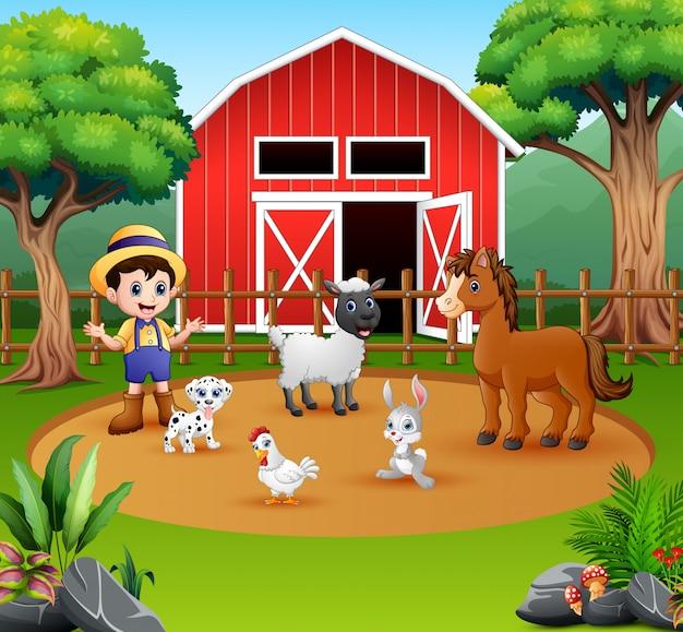 Фермер с животными перед своим сараем