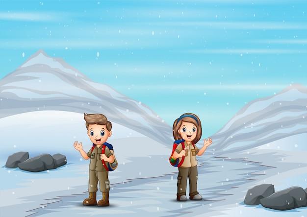 Разведчики идут к ледяной горе