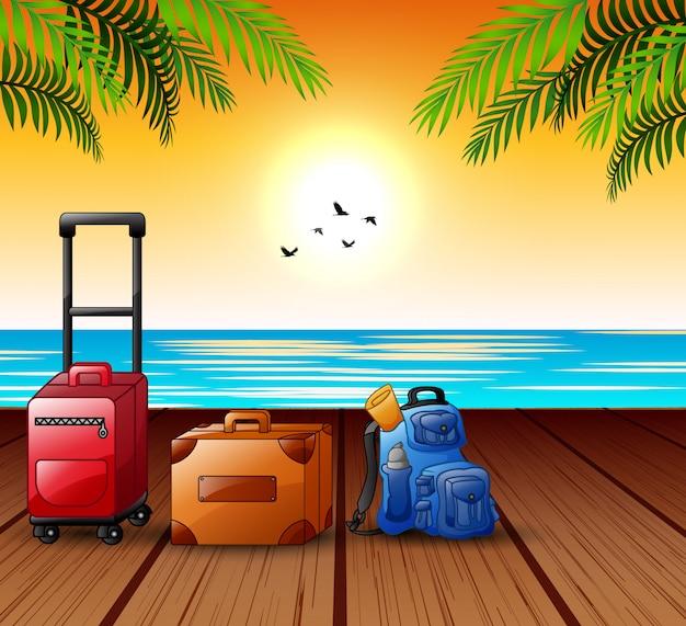 Концепция летних каникул с чемоданом на морской порт