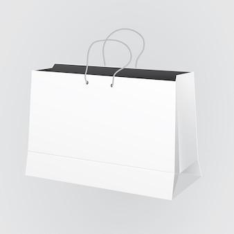 Большой бумажный пакет