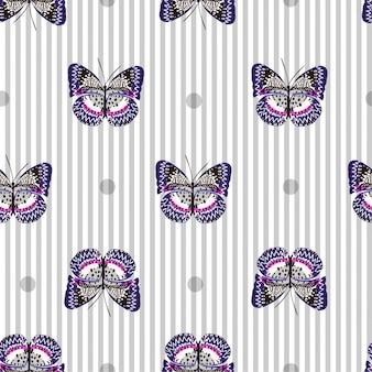 明るい灰色の蝶で美しいシームレスなパターン