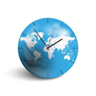 世界地図上の壁掛け時計。