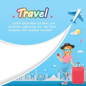 Женщина путешествует путешествовать по всему миру.