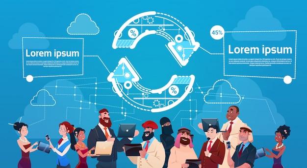 ビジネスの男性と女性のガジェットの近代的なデバイスを使用して矢印金融成功のコンセプト