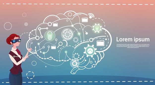 ビジネスウーマンデジタルリアリティメガネブレーンストーミングブリーフィングのアイデアクリエイティブコンセプト