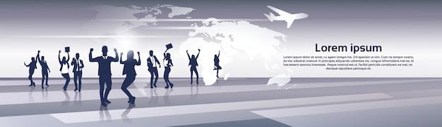 ビジネスチームシルエットビジネスマングループ陽気な幸せ調達世界地図旅行フライト