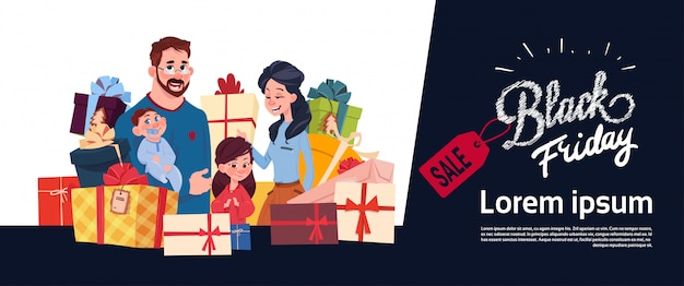 ギフトボックススタック、休日のショッピング水平方向のバナー上の幸せな家族と一緒にブラックフライデーセールポスター