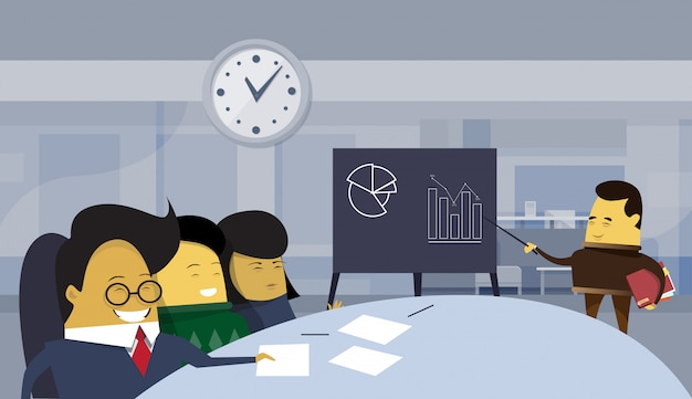 アジアビジネスの男性が近代的なオフィス、座っているビジネスマンのグループでプレゼンテーションまたは財務報告を保持